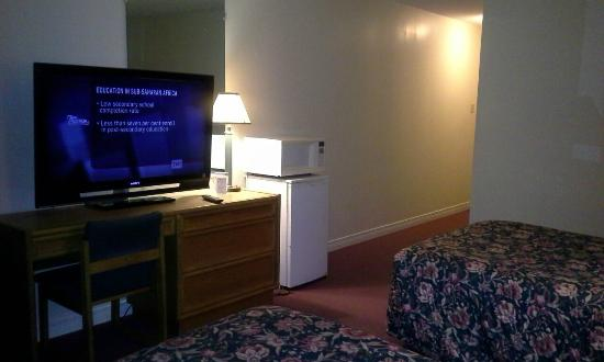 Knights Inn Kemptville: the room where i stayed