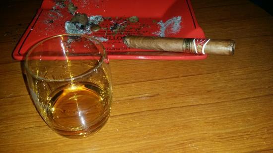 بارات لمدخني السيجار