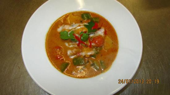 Red Duck Curry - Picture of Typhoon Thai, Rhyl - TripAdvisor