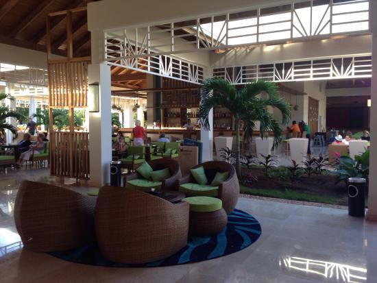 Pool bar picture of melia jardines del rey cayo coco for Jardines del rey
