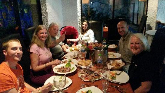 Royal Villas Resort: Restaurant Dinner