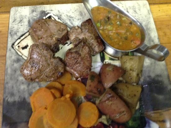 Cordova Bistro: lamb chops with hunter sauce