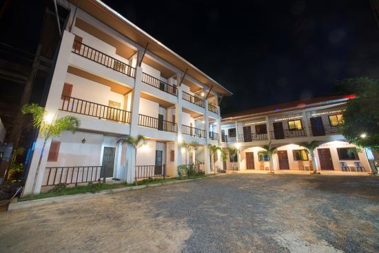 Srichada Hotel Khaolak: Srichada Hotel, Building