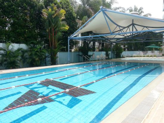 โรงแรมเดอะ เมโทรโพลิแทน วาย: Swimming Facilities