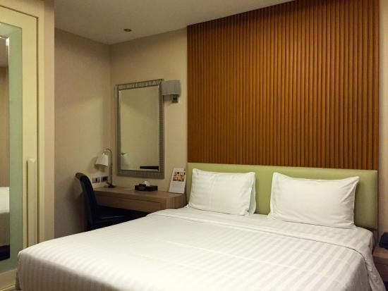 V Residence Hotel and Serviced Apartment: Comfortable room