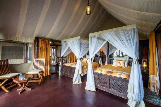 Qué es lo que nunca has hecho pero te gustaría hacer? Lake-ndutu-luxury-tented