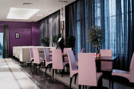 Kometa Hotel: Ресторан