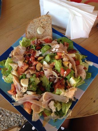 Cabarete Coffee Company: Delicious, fresh salad!!