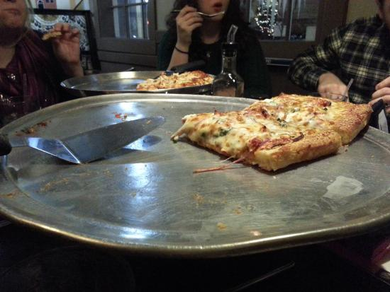 the pizza was great at cottage inn william st picture of the rh tripadvisor com