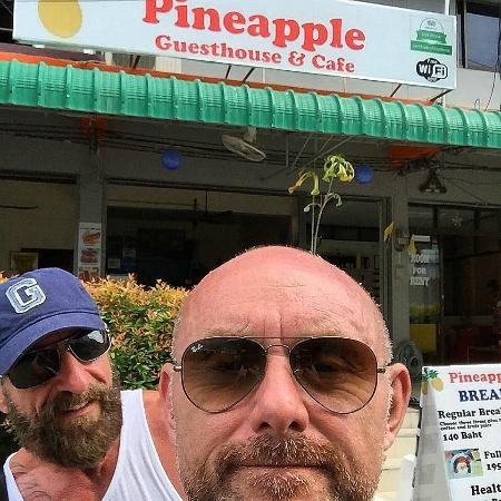 Pineapple Guesthouse: that's us outside