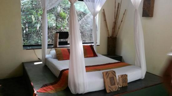 Canaima Chill House: Letto suite loft