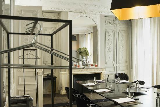 Jardin de neuilly hotel neuilly sur seine voir les tarifs et 63 avis - Le jardin de neuilly hotel ...