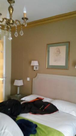 GOLDEN HOTEL PARIS : Chambre double standard