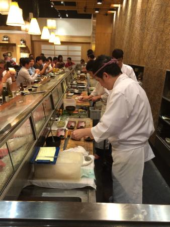 Akashi Japanese Restaurant Review