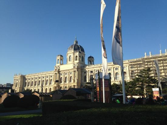 MuseumsQuartier Wien: glorious