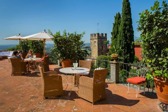 Buggiano Castello, Italia: sun terrace