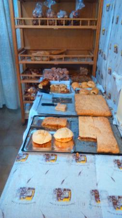 Montejo de la Sierra, España: Panadería Nani