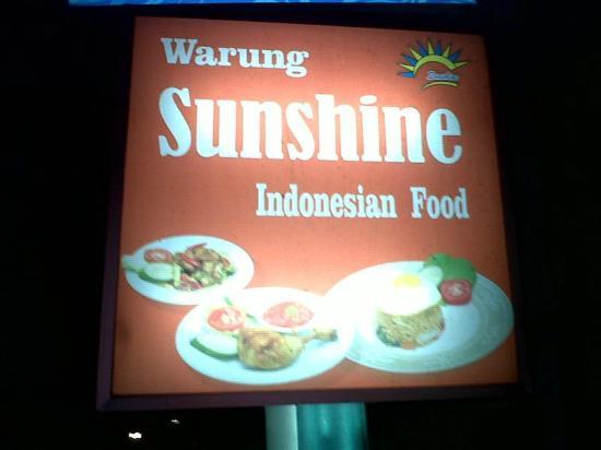 Warung Sunshine: sunshine cafe