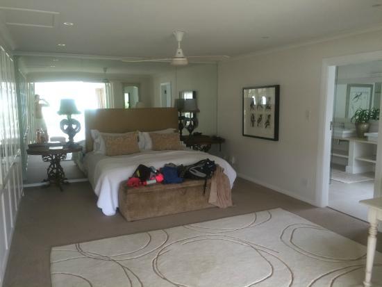 Leisure Isle Lodge: luxury bedroom