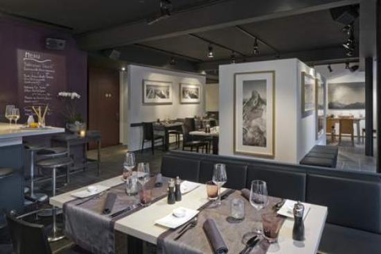 Z'ART: Restauran&Bar