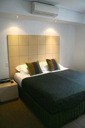 Broadwater Mariner Resort: Master Bedroom