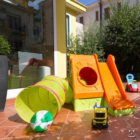 Hotel Ivonne : parco giochi