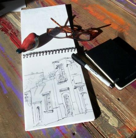 Cristi Fer Art Gallery and Workshops : Sketching on the run