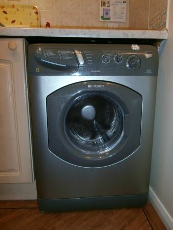 Calton Apartments : Washing machine with tumble drier facility