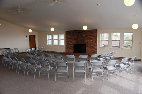Laurel Ridge Camp, Conference & Retreat Center: Sunrise Room - conference space
