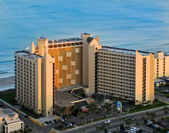 Ocean Reef Resort: Building