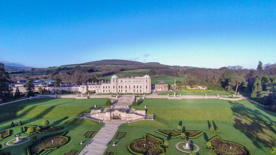 ‪Powerscourt Gardens and House‬