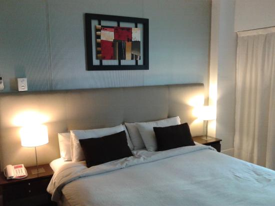 Ker Urquiza Hotel & Suites: cama matrimonial