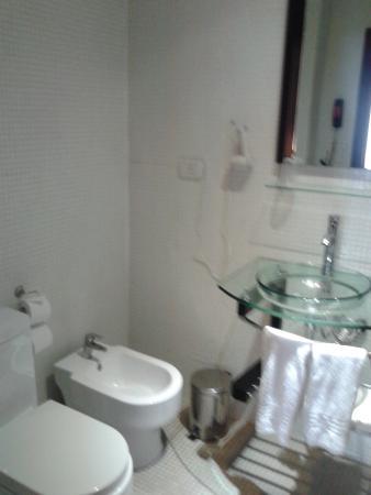 Ker Urquiza Hotel & Suites: baño