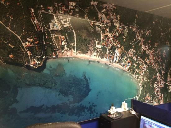 giant map of tsilivi