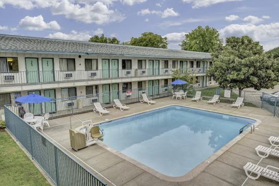 Motel  Goodlettsville Tn