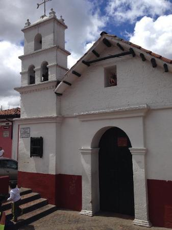 Plaza Del Chorro Del Quevedo: Iglesia