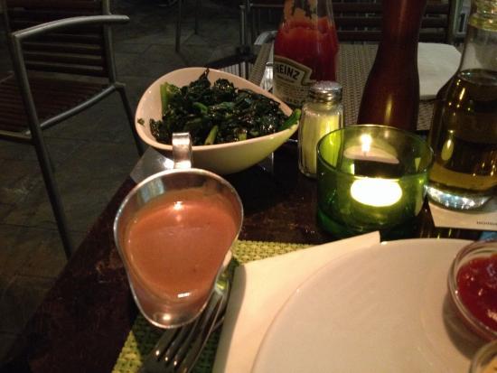 FRANK'S American Bar & Restaurant : Beilage Fredi Leaf Spinach (Blattspinat) und Cognac-Pfeffersouce