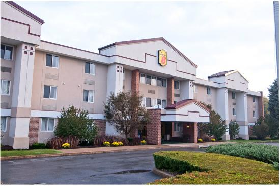 Super 8 State College: Hotel Front