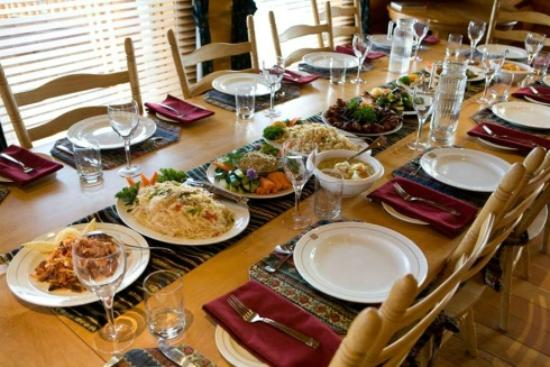 Echo Valley Ranch & Spa : Communal dining
