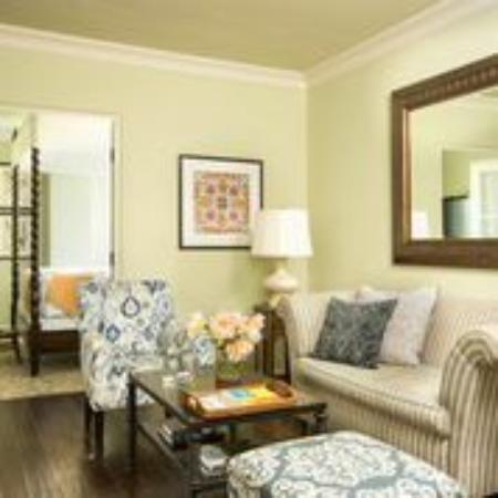 Kimpton Canary Hotel: Living Room