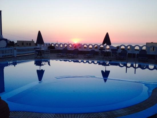 Agapi Villas: Sun rise at the Agapi.
