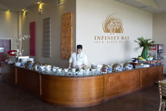 Infinity Bay Spa and Beach Resort: Expanded Breakfast Buffet