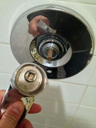 Adara Hotel : Oops shower handle came off