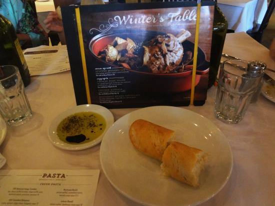 Romano's Macaroni Grill: Para ir petiscando antes do prato principal chegar