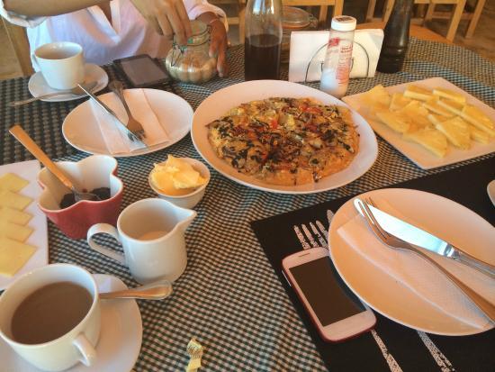 Corales Punta Rusia : Delicious omelette for breakfast!