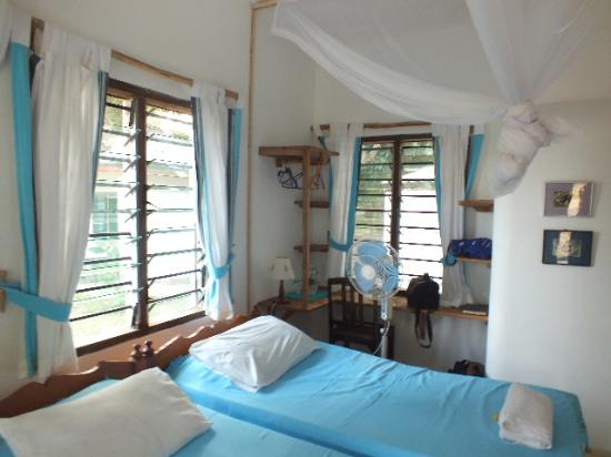 Mwamba Centre: Simple rooms but clean.