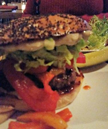 Italia Trattoria : Italia Burger