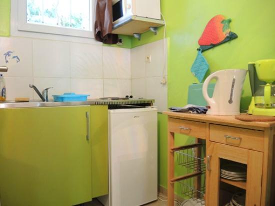 Cuisine quip e studio picture of residence bleu marine - Cuisine equipee studio ...