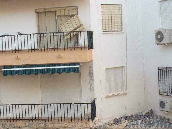 Apartamentos Andalucia: Very unpleasant view