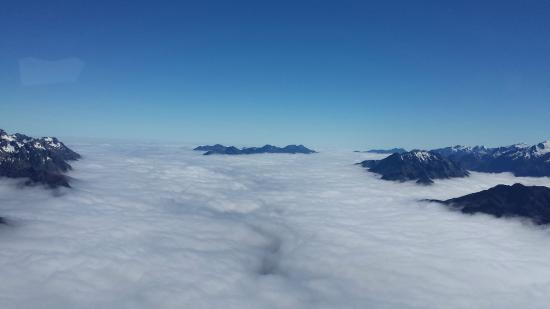 Heli Tours Queenstown: View from above the clouds
